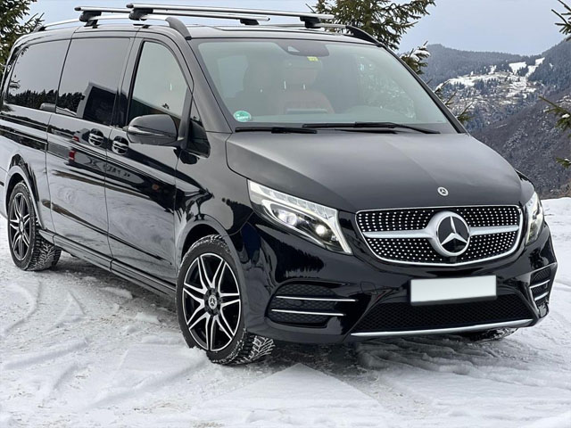Booking and rental minivan, minibus, VAN 7-seats in Prague