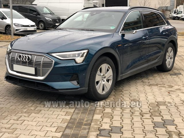 Hire and delivery to Prague Airport the car Audi e-tron 55 quattro (electric car)