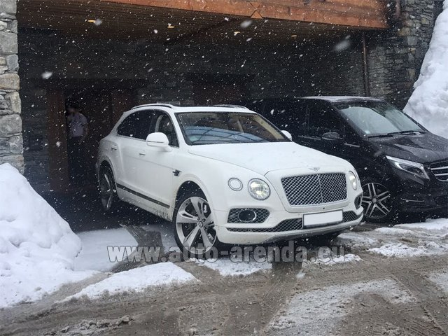 Трансфер из Карловых Вар в Аэропорт Мюнхена на автомобиле Bentley Bentayga 6.0 litre twin turbo TSI W12