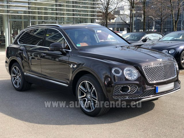 Rental Bentley Bentayga 6.0 Black in The Czech Republic