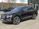 Rent-a-car Bentley Bentayga 6.0 Black in Brno, photo 2