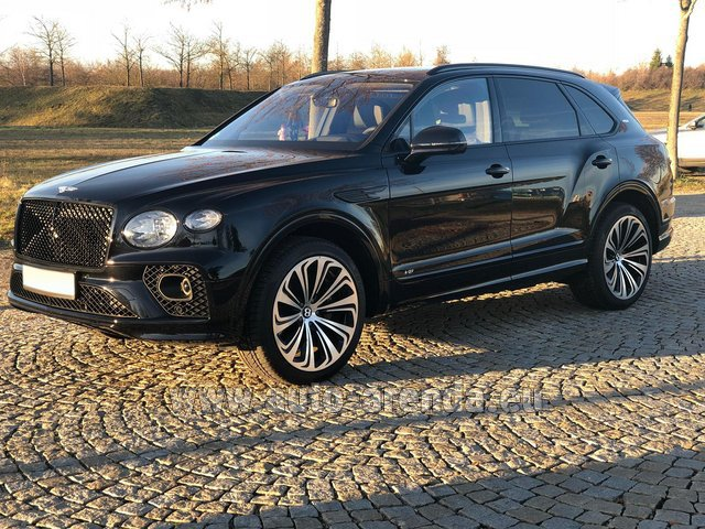 Rental Bentley Bentayga V8 new Model 2021 in Pilsen