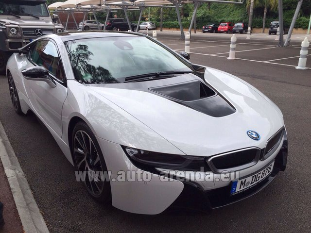 Rental BMW i8 Coupe Pure Impulse in Brno