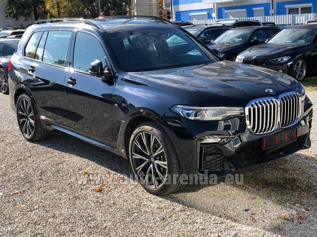 Rental BMW X7 xDrive40i in Pilsen