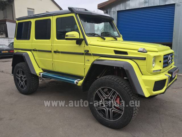 Hire and delivery to Prague Airport the car Mercedes-Benz G 500 4x4 Yellow