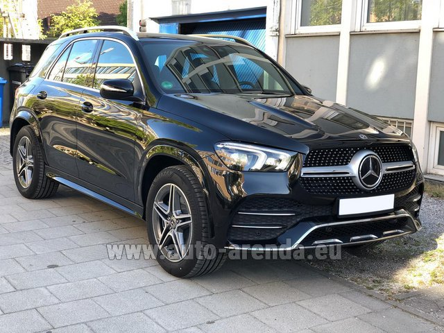 Hire and delivery to Prague Airport the car Mercedes-Benz GLE 400 4Matic AMG equipment