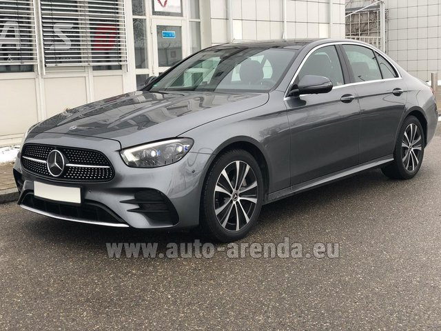 Rental Mercedes-Benz E400d 4MATIC AMG equipment in Pilsen
