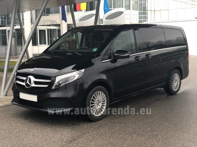 Hire and delivery to Prague Airport the car Mercedes-Benz V-Class (Viano) V 300 d 4MATIC AMG equipment