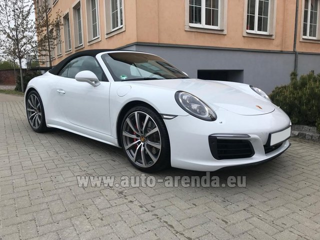 Hire and delivery to Prague Airport the car Porsche 911 Carrera 4S Cabrio