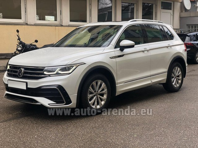 Hire and delivery to Prague Airport the car Volkswagen Tiguan R Line 2.0 TSI 333 hp