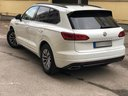 Rent-a-car Volkswagen Touareg R-Line in Prague, photo 4